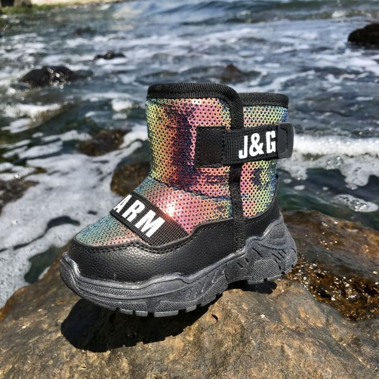 Uggs for boys & girls: A5200, sizes 23-28 (A) | Jong•Golf